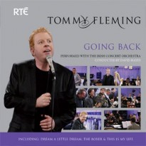 Tommy Fleming receives Platinum Disc for his Album – Going Back